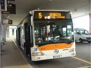 Autobus per Venezia Bus to Venice